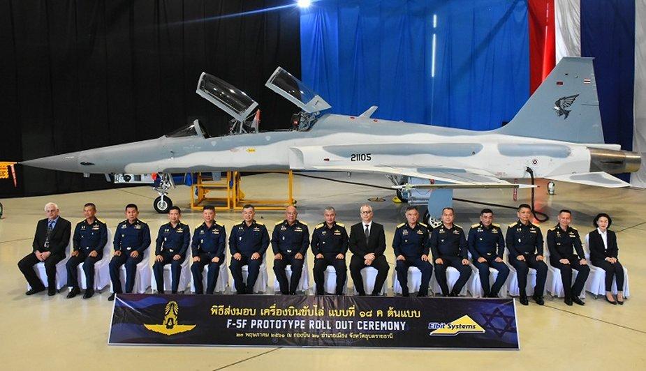 تايلاند تستلم اول نموذج من مقاتلات F-5F Super Tigris DeSFUOaXkAEIvK1