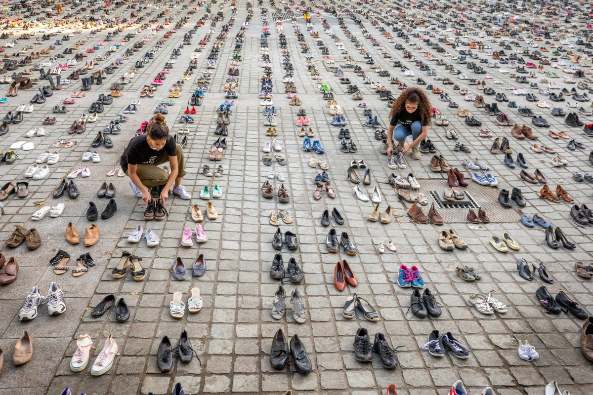 Activists laid out 4,500 pairs of shoes in front of the European Union in Brussels today to represent every Palestinian killed by Israel in the last 10 years. (Photo credit: Avaaz)