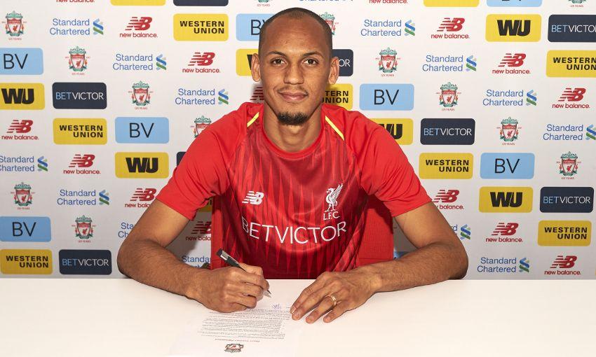 🔴 OFFICIEL ! Fabinho quitte l'AS Monaco et signe un contrat de cinq ans avec Liverpool !