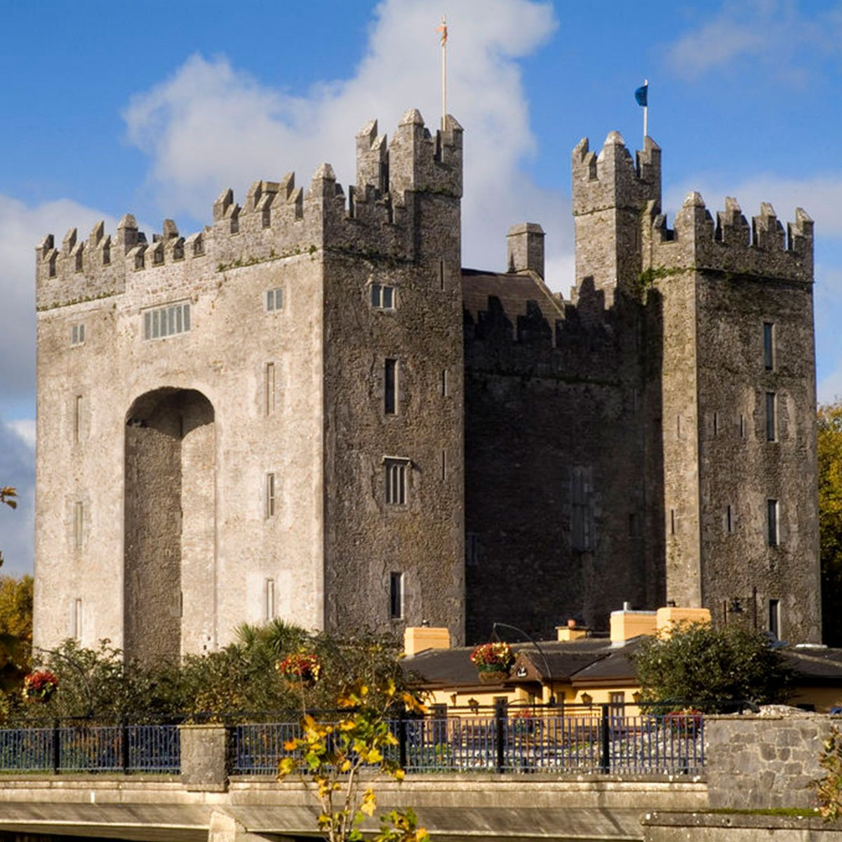 Air transat on twitter discover ireland and make sure you do not air transat on twitter discover ireland and make sure you do not miss anything by taking part in our guided tour visit dublin county kerry and the cork solutioingenieria Choice Image