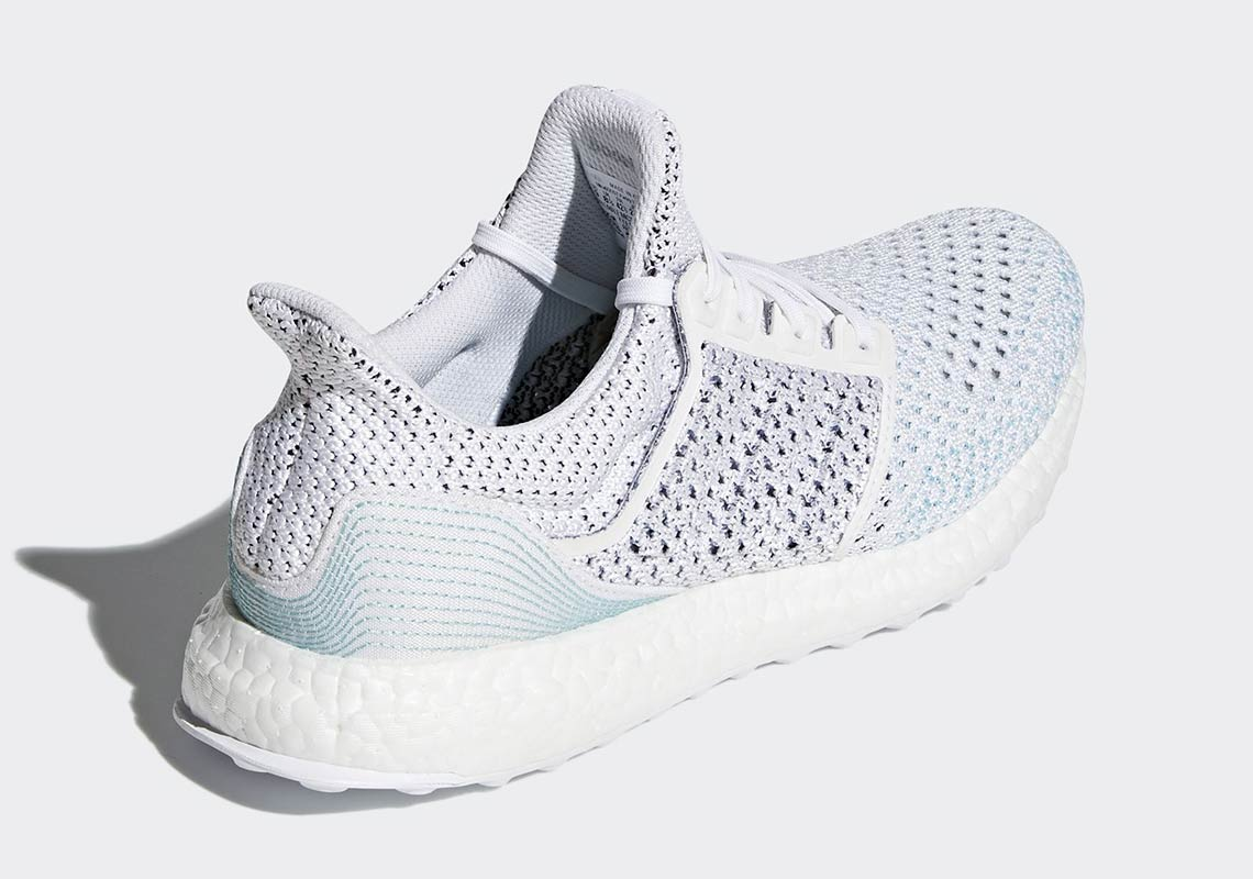 b53681befa1bd Available this Saturday for  270. http   kicksdeals.ca release-dates 2018  adidas-x-parley-ultra-boost-clima-ltd-white  …pic.twitter.com Kpe5g5OWVu