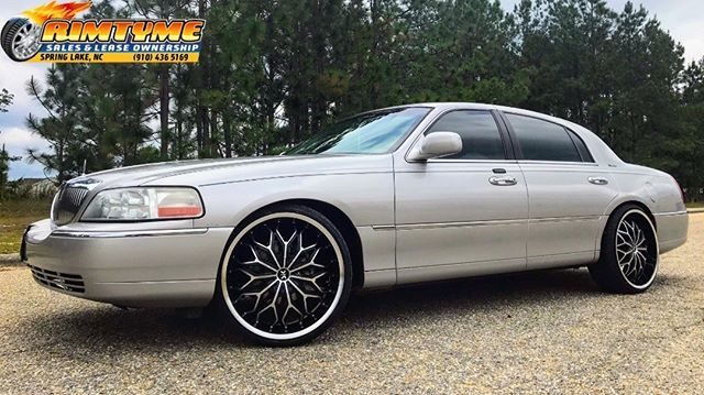 Rimtyme Spring Lake On Twitter 2004 Lincoln Towncar Sitting On 22