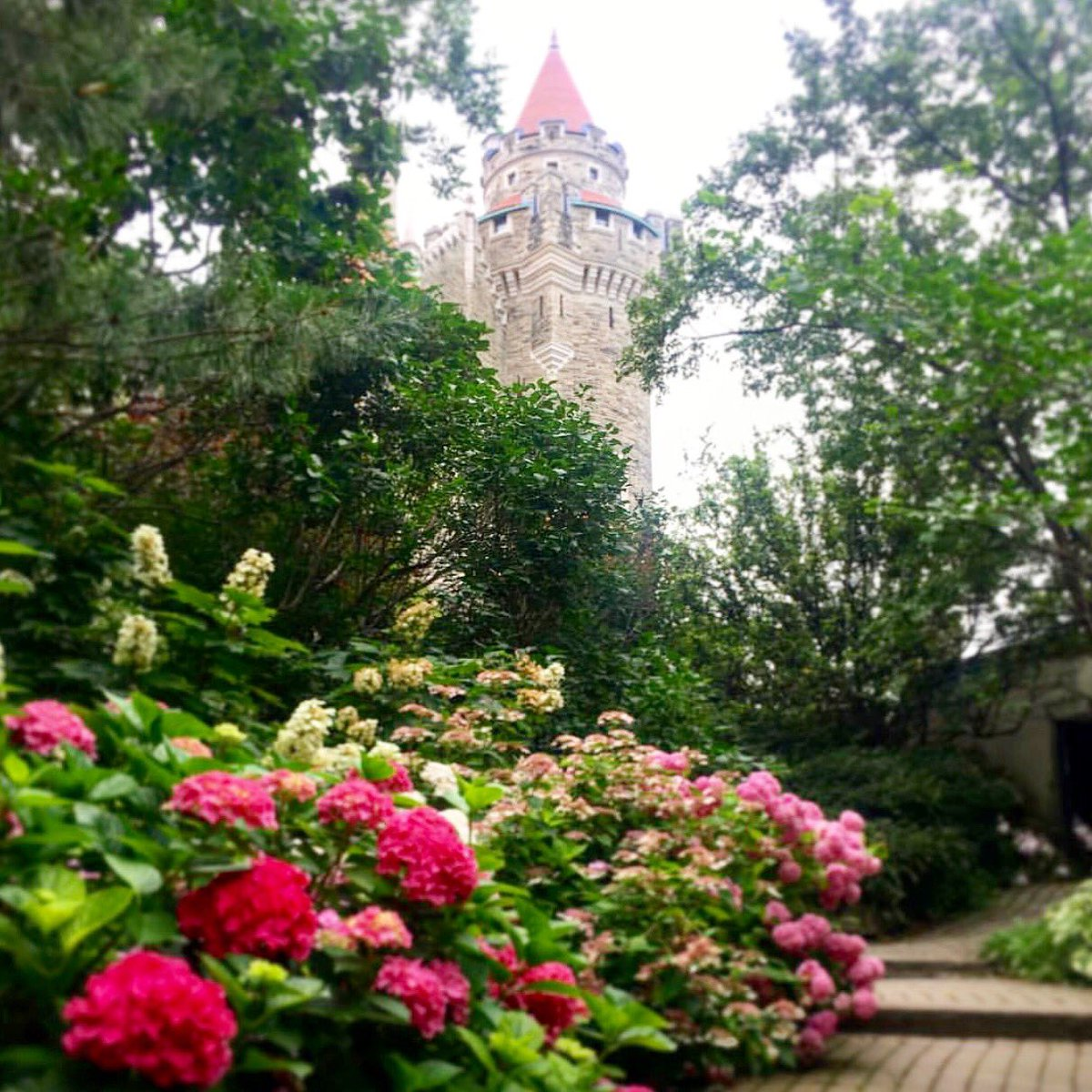 Casa Loma On Twitter Mondays Arent So Bad With This View This
