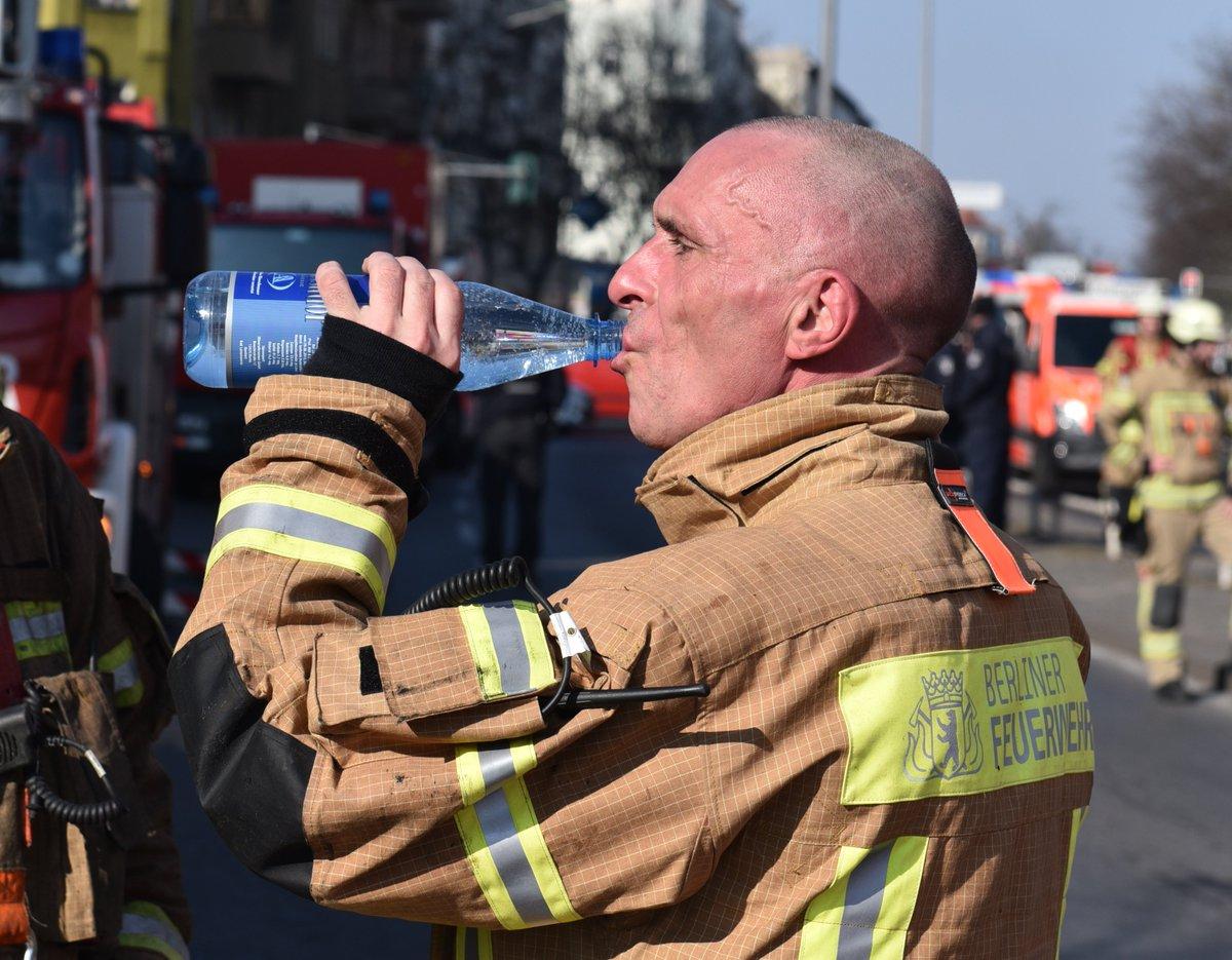 Berliner Feuerwehr On Twitter Heute Soll Es Bis Zu 34 Grad Heiss