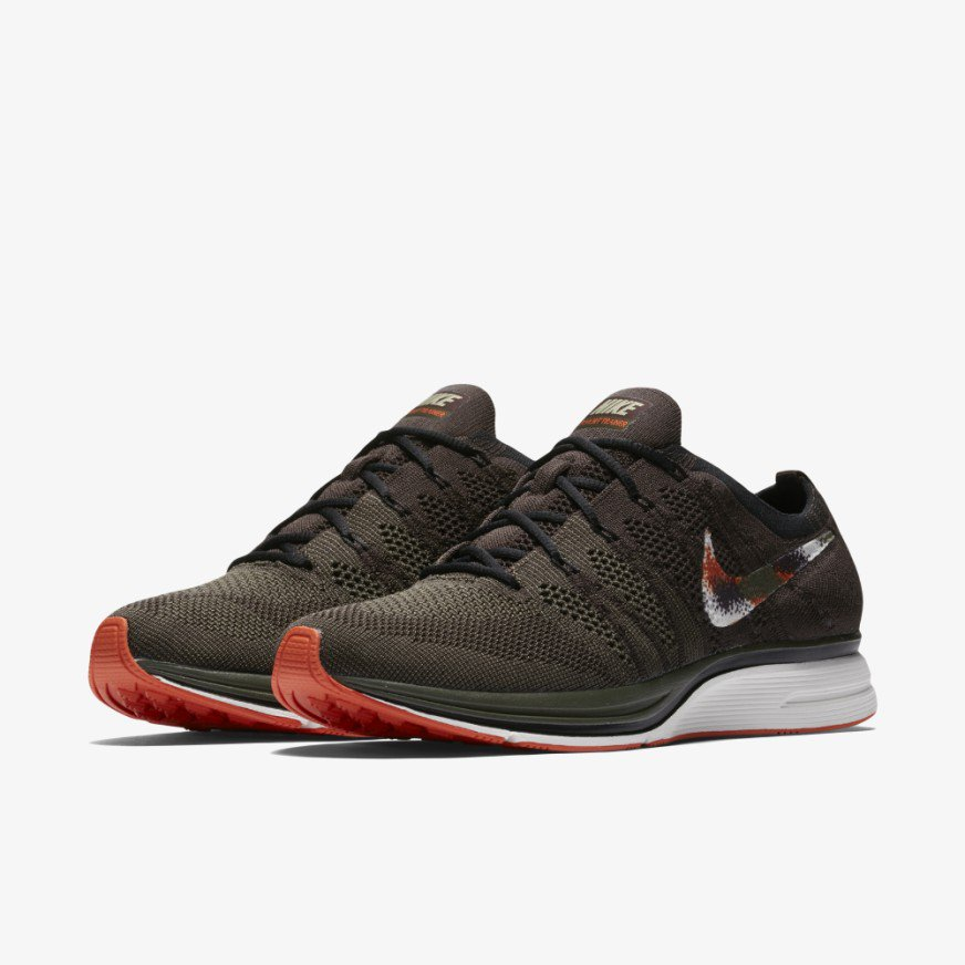 a3f4b13462bc  RELEASEINFO   releasedate Nike Flyknit Trainer Velvet Brown Drop 1 June.  Retail Price 179