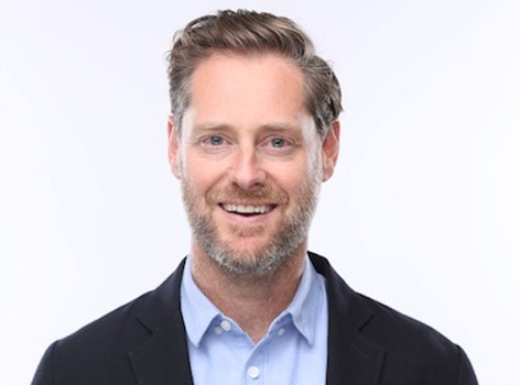 This morning at #UBCgrad, were proud to recognize @hootsuite founder Ryan Holmes (@invoker) with an Honorary Degree. ow.ly/4cHa30k9a70