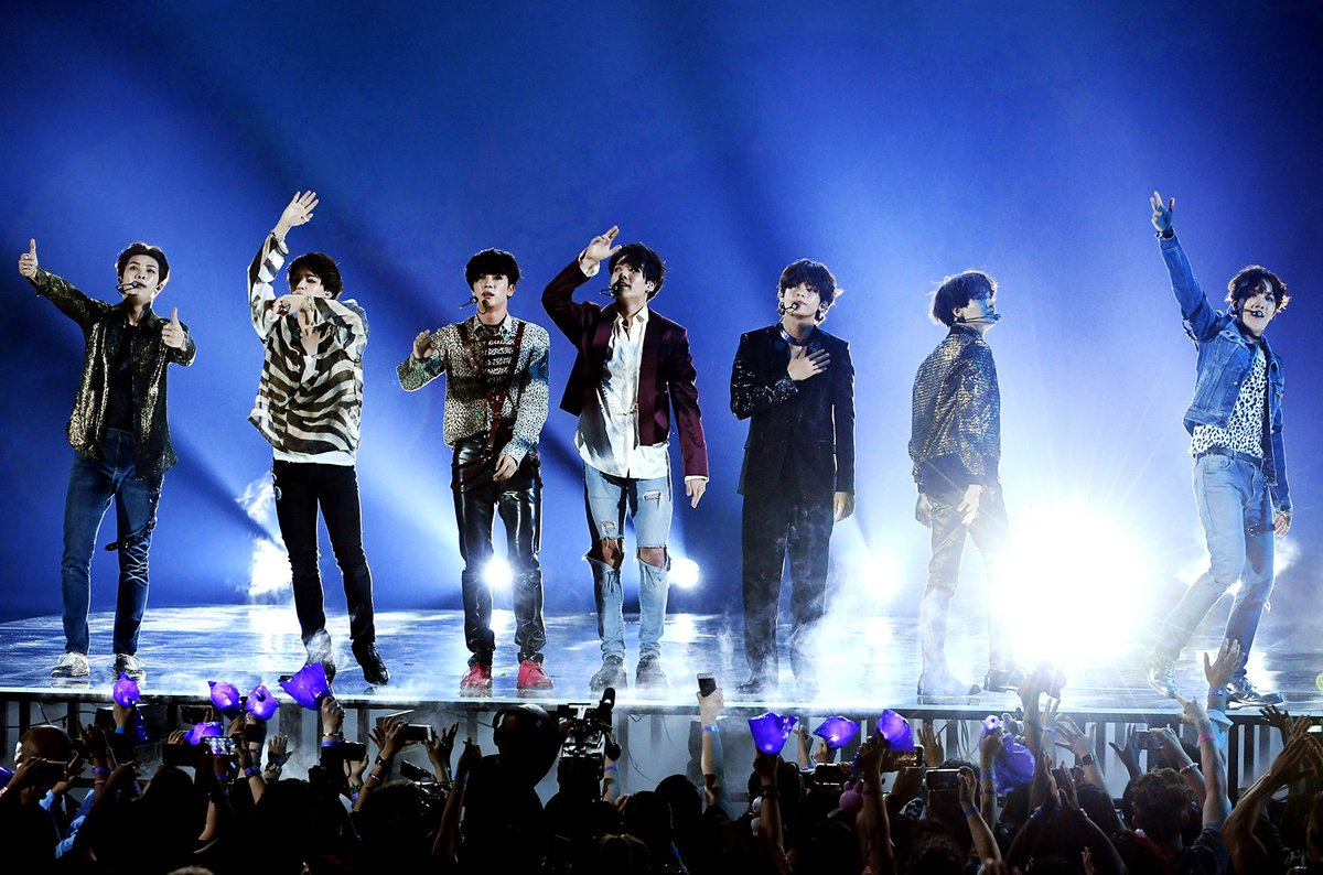 BTS' 'Fake Love' becomes 17th primarily non-English-language top 10 on the #Hot100 https://t.co/Y5i5tJLDwR