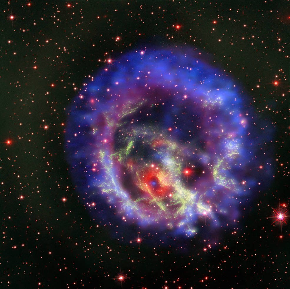 I spy with my little eye 👀 Spotted for the first time outside of the Milky way is a special kind of small neutron star, which forms when a massive star runs out of fuel and collapses. Learn more from :  https://t.co/C9MSLMJb5D