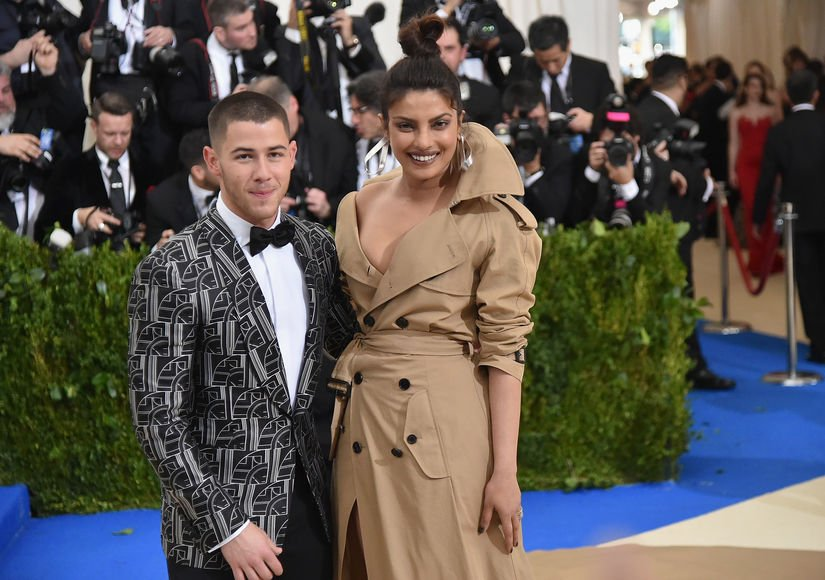 #Quantico star Priyanka Chopra and Nick Jonas spark dating rumours after spending whole weekend together