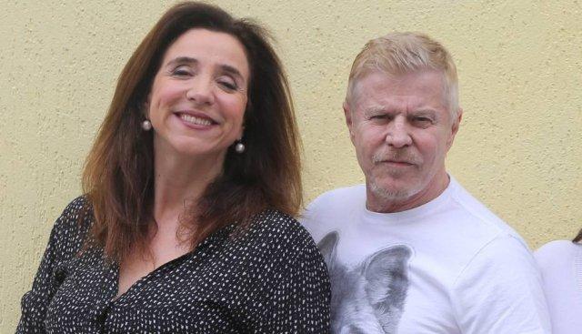Marisa Orth e Miguel Falabella postam fotos na gravação do filme 'Sai de Baixo' https://t.co/ebREB0gMve