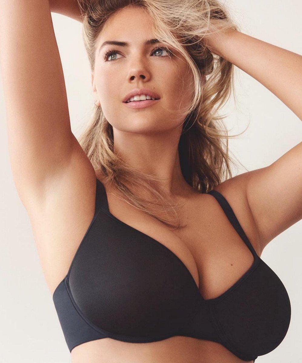 Big Tits Black Bra