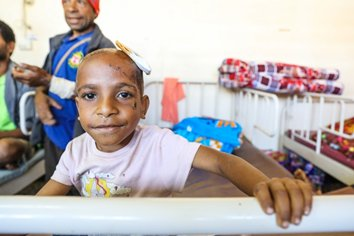 Up to 10,000 children seriously affected PNG's earthquakes in February will receive desperately needed educational support, thanks to a generous USD 1.5 million contribution by global fund – Education Cannot Wait. Thank you ECW!