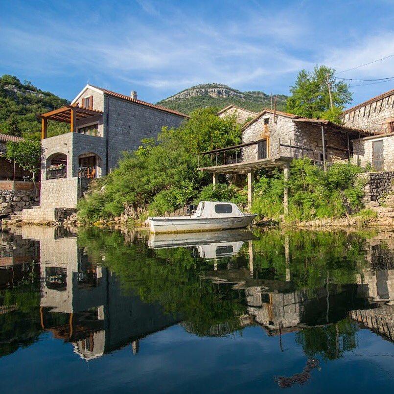 Paradise Lake House on Twitter: