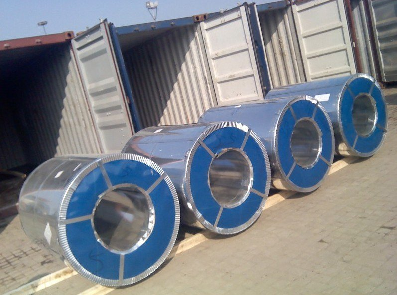 Galvanized Steel Coil,Galvalume Steel Coil Loading pictures  Skype:jina1201 Email: tina@qdhcsteel.com WhatsApp: 0086-15053230960 Web:http://www.qdhcsteel.com/www.hciron.cn