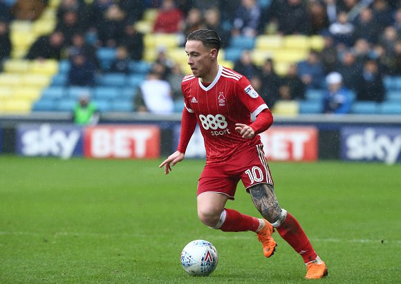 Agreement said to be in place on Barrie McKay to Olympiacos.  https://t.co/IgN4nxFGDV #nffc