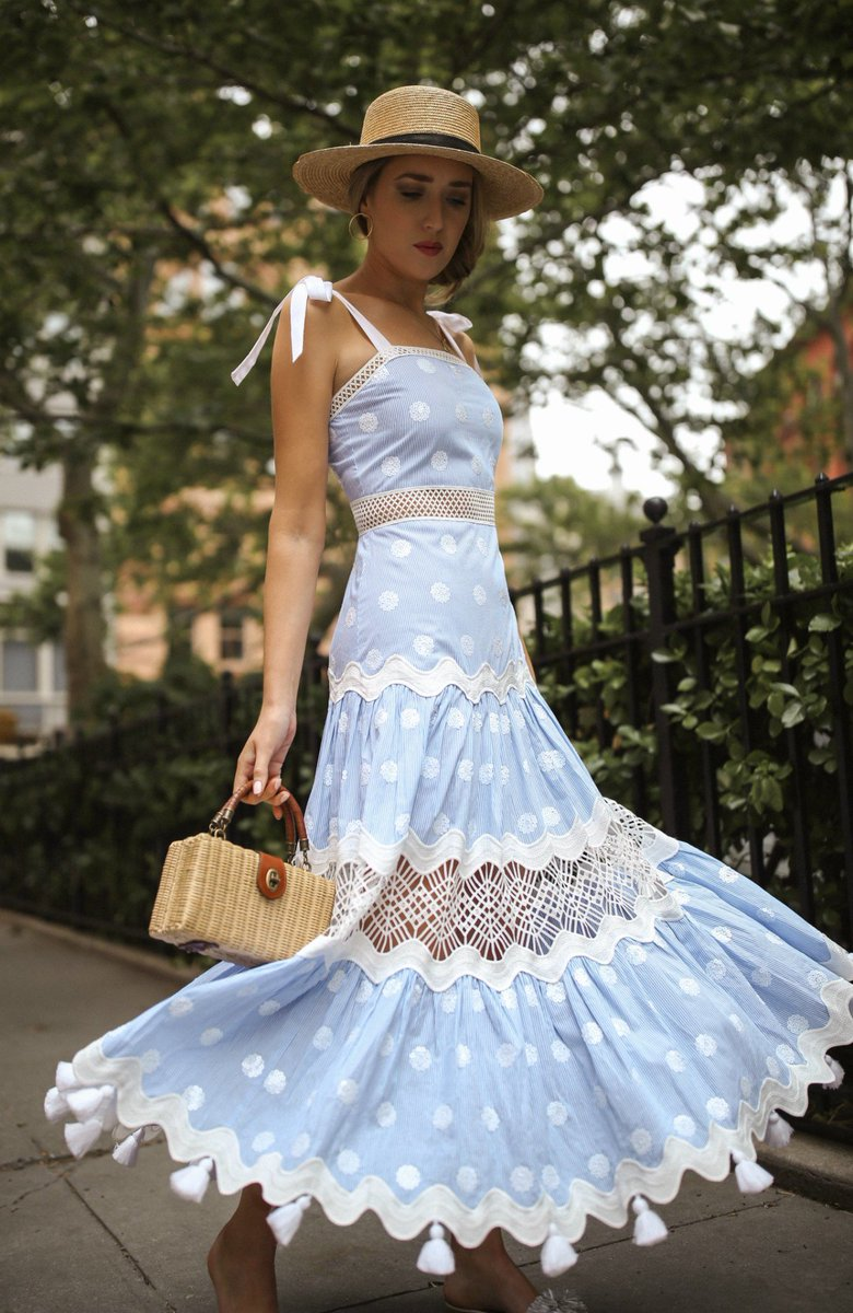 046288865ac6 30 Dresses in 30 Days   Day 29: Father's Day:  http://www.memorandum.com/?p=19884 pic.twitter.com/ldM3reqLAL