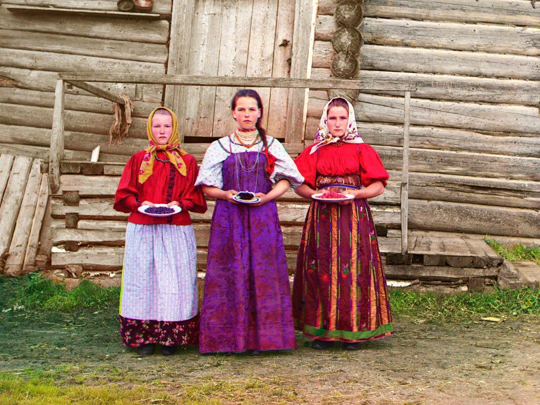 ниже фото царской россии в цвете вот только несколько