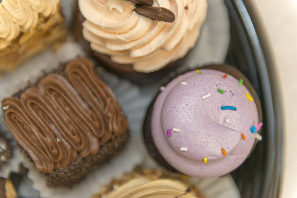 We're in a contest to be named top bakery in Canada! We're currently in the top 5 in BC! Please vote for us, either in store or by following the link below and help us reach the top spot! http://ow.ly/Qgxf30keK5S #sweetestbakery