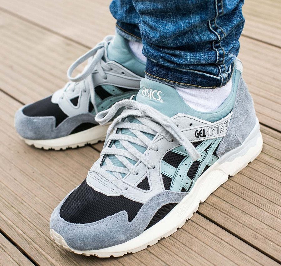 buy online f4e23 3b3ea Sneaker Deals GB on Twitter: