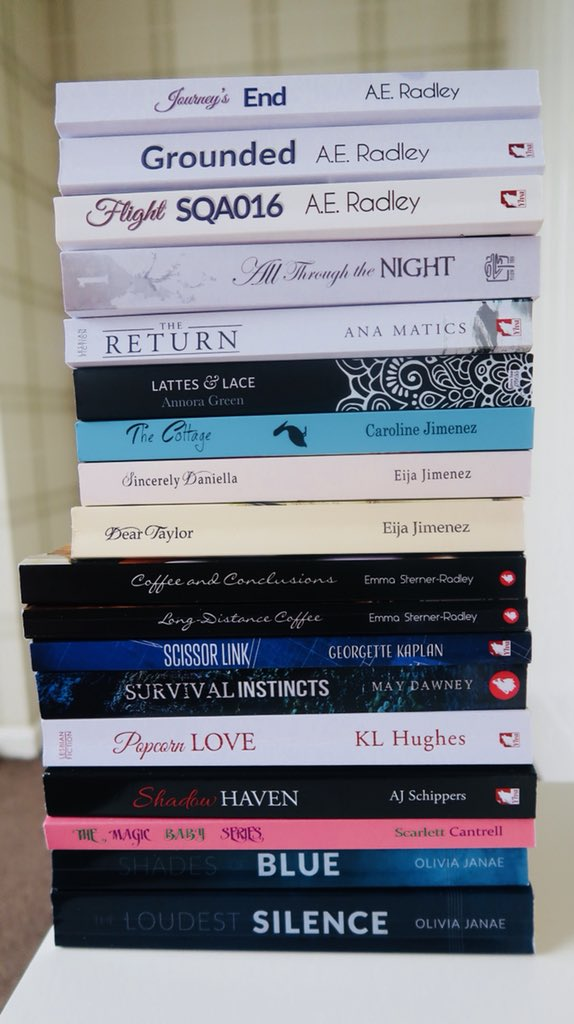 """ButterfliesSQ on Twitter: """"Because #SwanQueen lives on also in real books  you can hold in ur hands. Even if the characters have a different names  because of rights,..… https://t.co/k7TKUSWcGN"""""""
