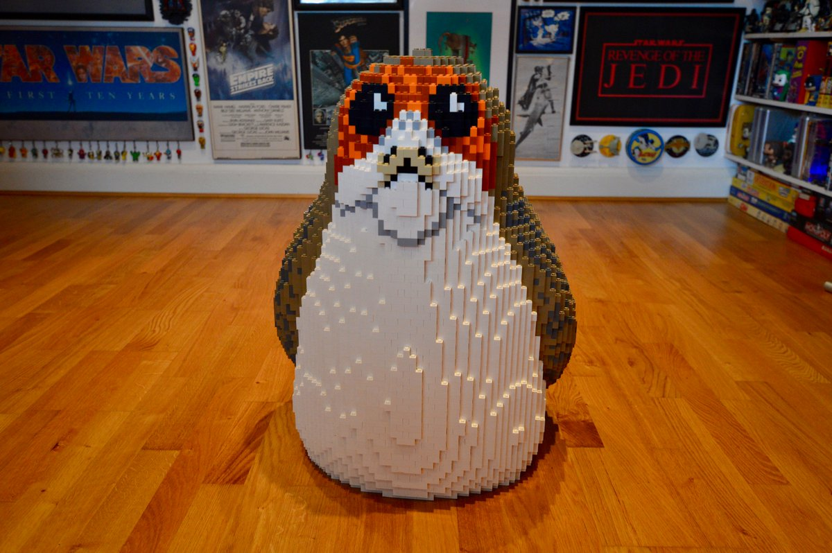 LEGO Porg for Sale on eBay! 8000 bricks, 60cm tall, just ten of them in the whole world! Built to promote #StarWars #TheLastJedi and #LEGO. As its a Collect Only item, winner gets a tour of my den thrown in! #PorgArmy ebay.co.uk/itm/1733424403…