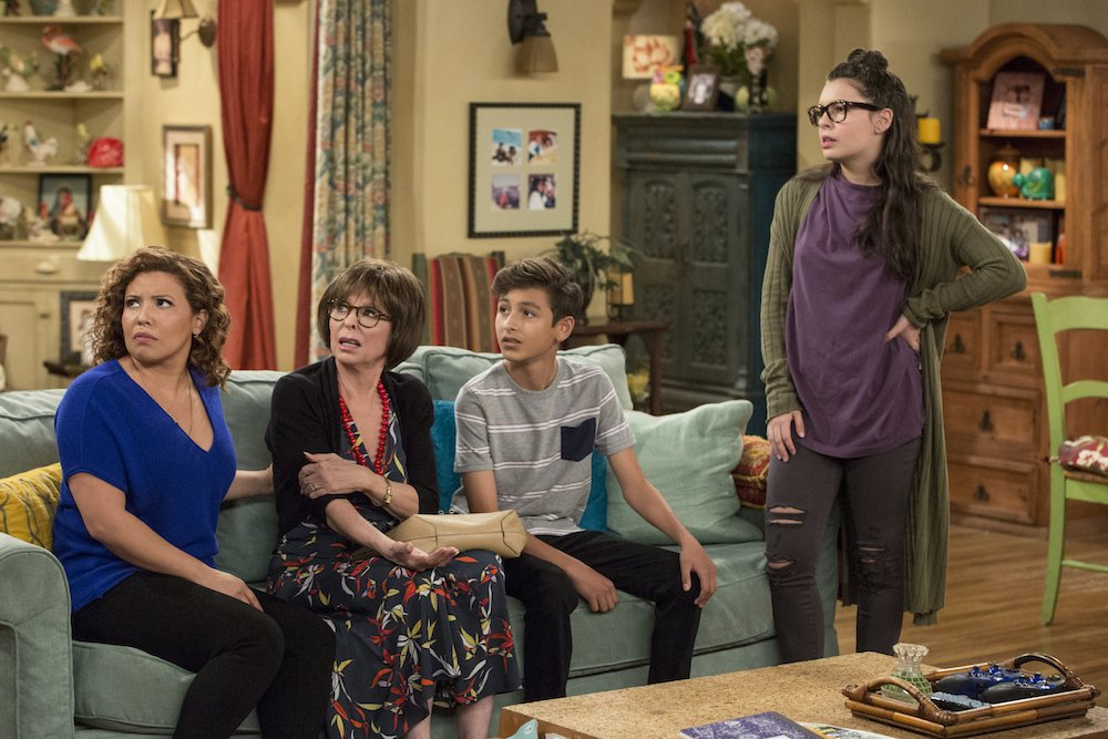 Reminder: @OneDayAtATime is a sitcom about a tight-knit, working class family that tackles extremely topical social issues in a smart and innovative way. Ya know, if you're suddenly looking for a show like that…