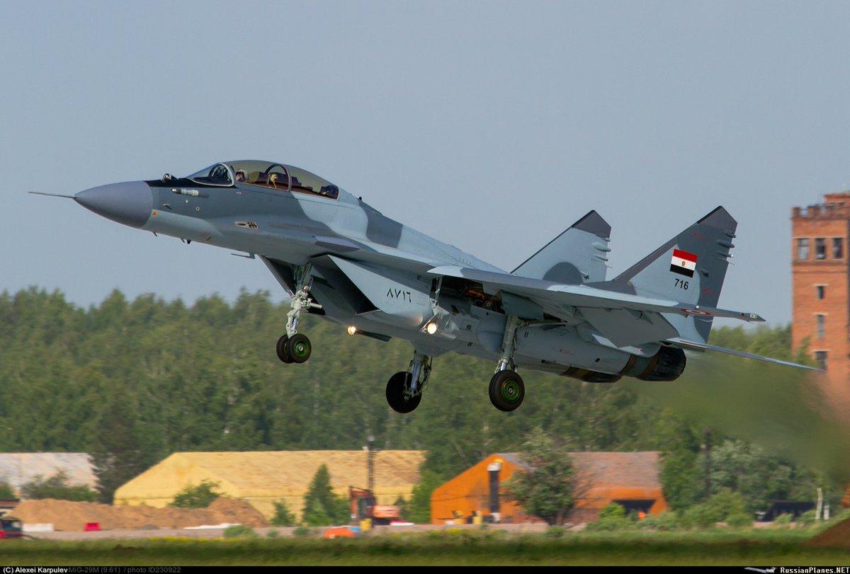 "50 مقاتلة من طراز ""ميغ-29"" إلى مصر - صفحة 2 DeeiRR0W0AEaUt2"