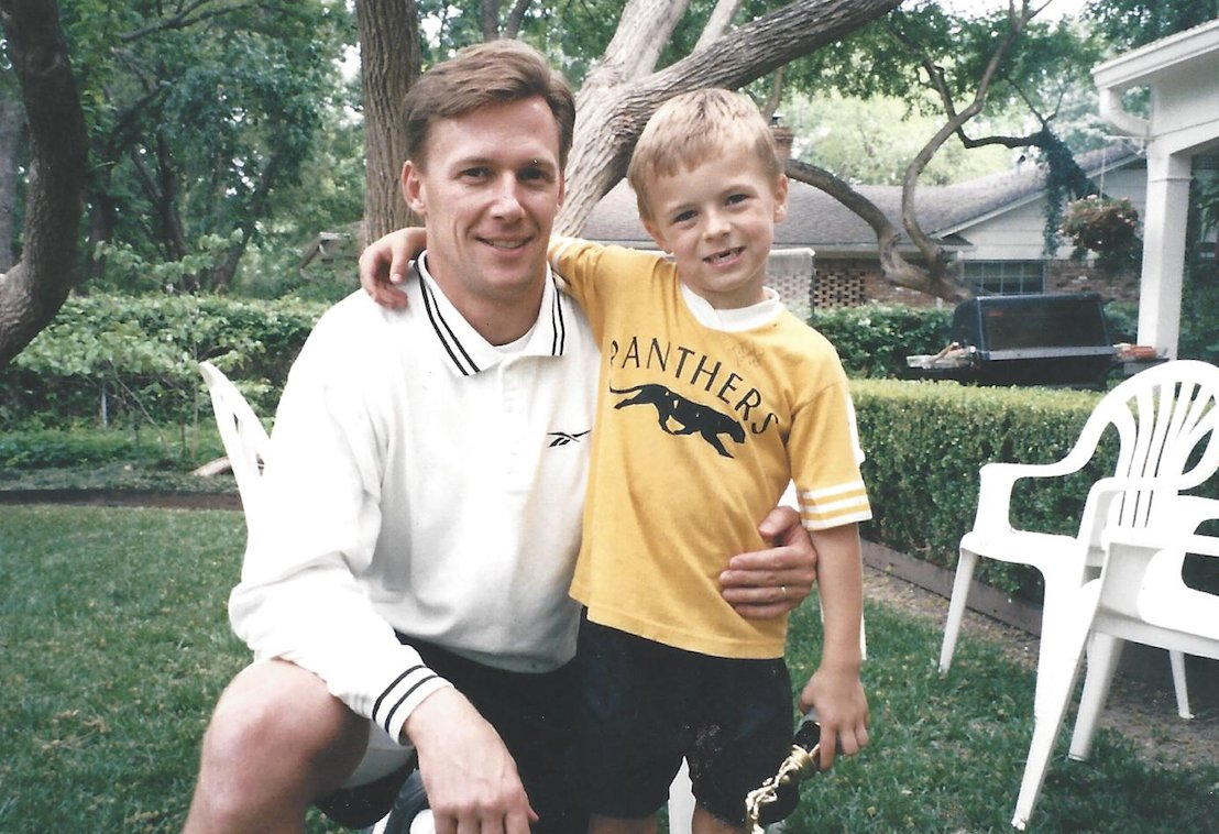 My dad has always been my fan on and off the course… share your favorite golf memory with your dad using #FedExCupContest for a chance to win a prize from @FedEx and @PGATSS! #spon bit.ly/2raGsMl