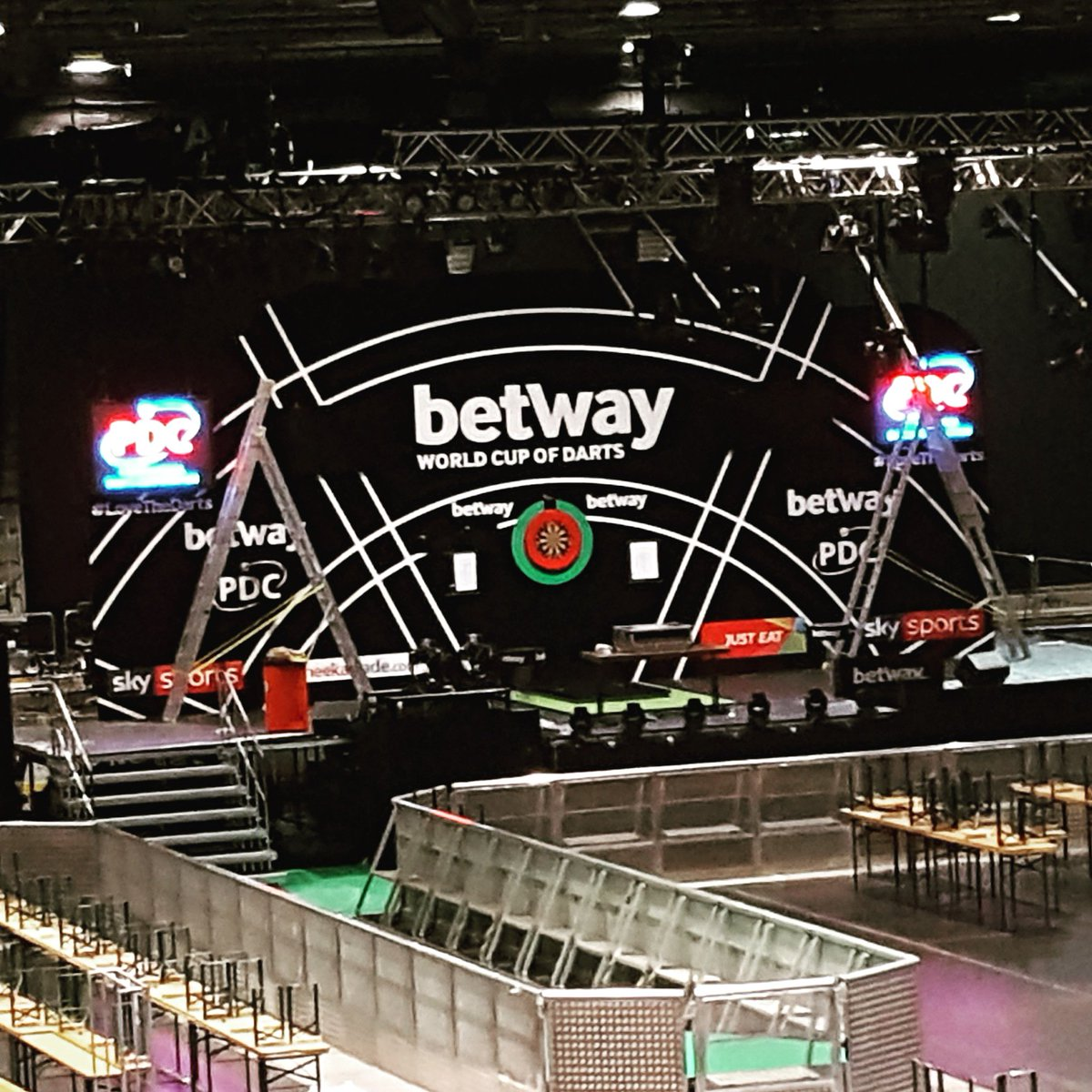 Its World Cup of darts day... The stage is just about set. Good luck to our Team Unicorn players involved! #Frankfurt @OfficialPDC