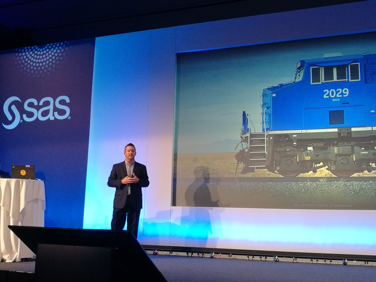 Impressive demo of GE #EdgeLINC use case by Bryan Saunders. @GETRANSPORT uses real-time analytics at the edge powered by @SASsoftware Event Stream Processing engine running on board of connected locomotives to drive productivity. @vtengnr @jmann245 #IIoT #SASARconf <br>http://pic.twitter.com/kuAlBKORF9