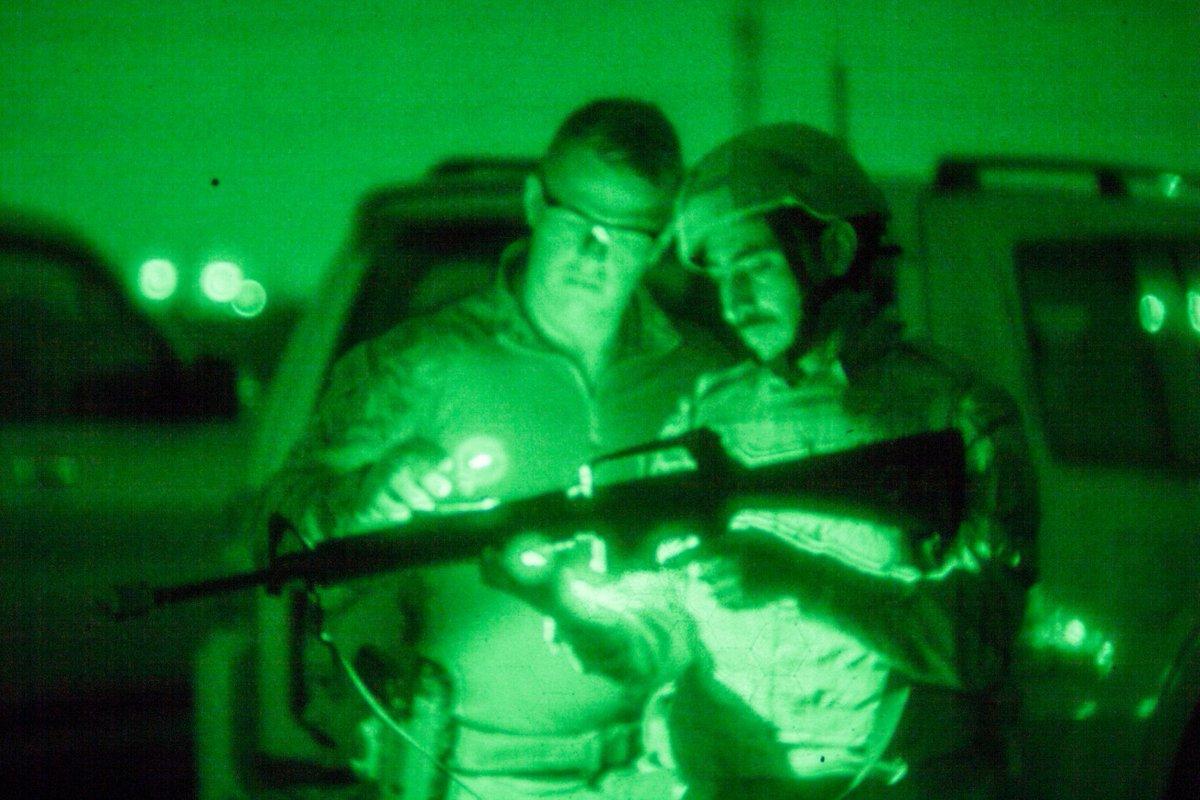 جهود التحالف الدولي لتدريب وتاهيل وحدات الجيش العراقي .......متجدد - صفحة 2 DehsOsBV4AEEL1M