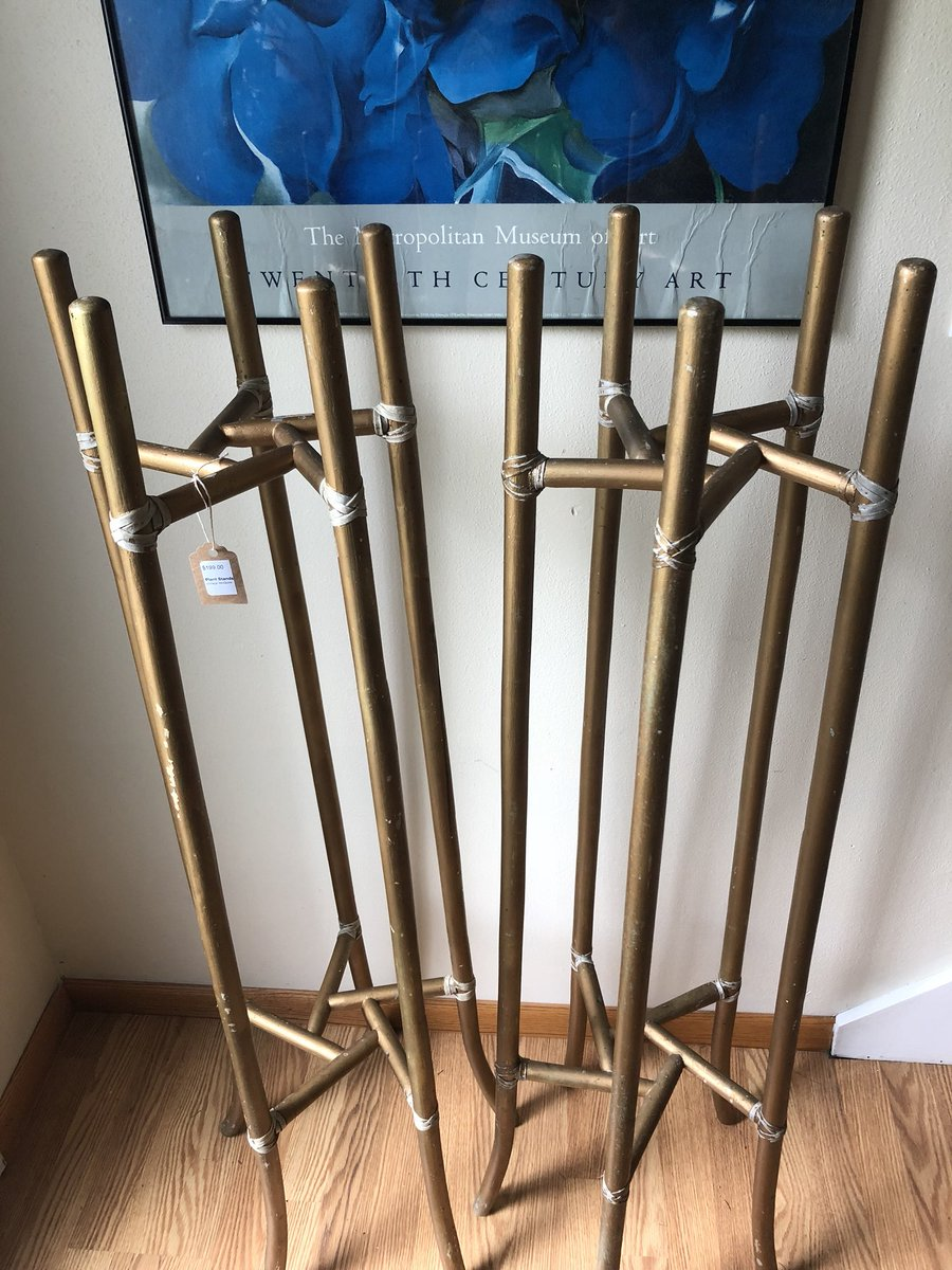 M.C.M. Fanatics will know and appreciate what an awesome find this is! A rare pair of Mid-Century McGuire bamboo rattan plant stands.  #vintagemcguire #midcenturymodern #mcguireplantstands #mcm #mcmfurniture #famousdesigner #amazingfind #vintiqueresale #ephraim #doco #doorcountypic.twitter.com/7ptoby4gH5