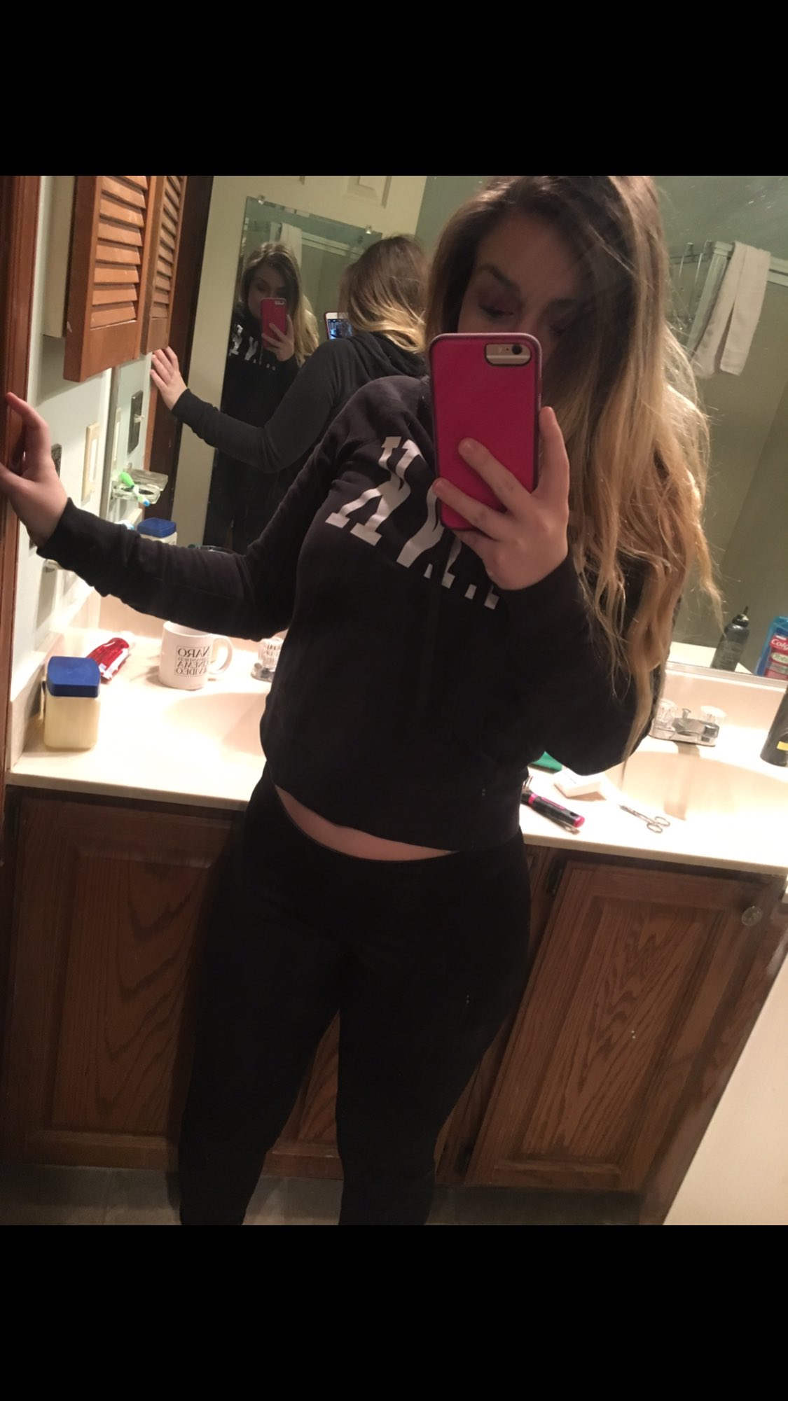 Sam on Twitter: RT and Follow for a free nude no
