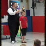 Image for the Tweet beginning: Last day of school! Magic