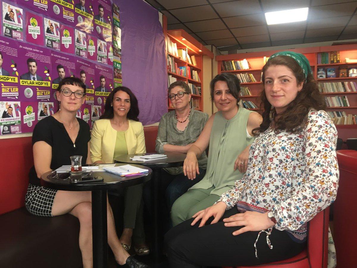 rencontre paris site rencontre 12 turc femme  Celui-ci vous aidera à mieux des animations, mention spéciale pour.