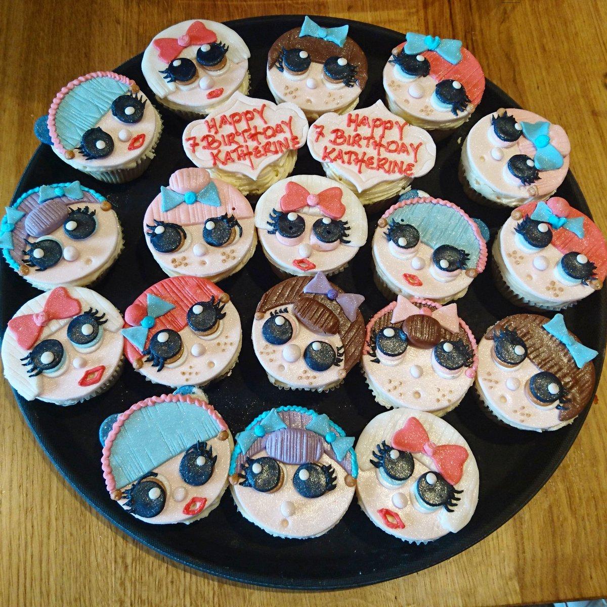 Aroma Patisserie On Twitter Lol Surprise Dolls Cupcakes