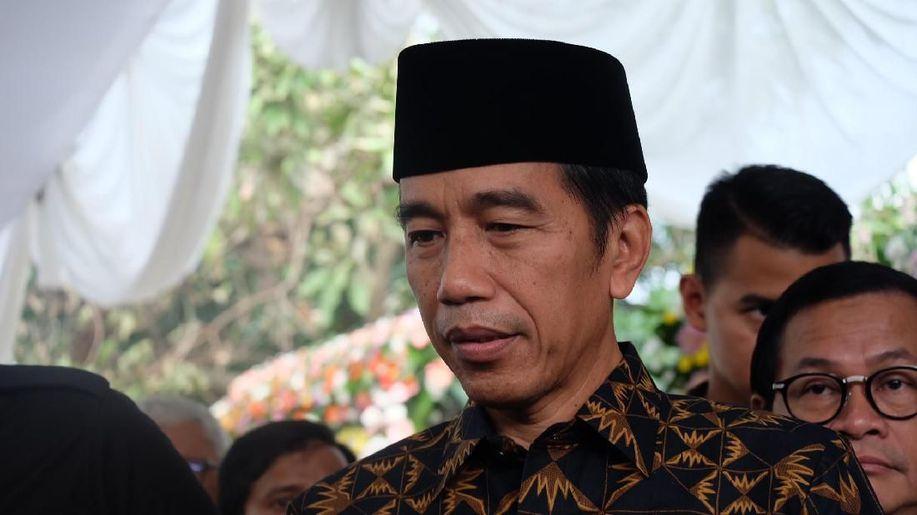 Hasil gambar untuk Istana: Jokowi Minta Maaf ke Mega Normal, Kenapa Jadi Polemik?
