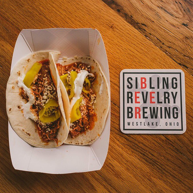 We'll be at @SibRevBrew from 5:30-8pm tonight. Start you're weekend off right with a few beers and a Paprikash Taco! #drinklocal #eatdrinkcleveland #thisiscle #paprikas #clefoodie #clecravings #tacospic.twitter.com/qitdgjAdrV