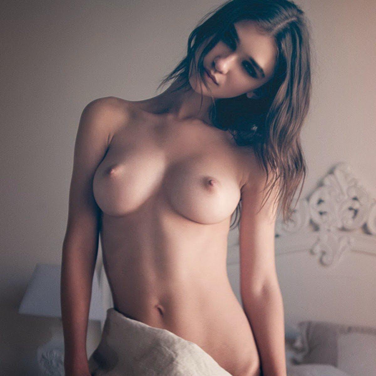 paula-pattnude-naked-ebony-mifls