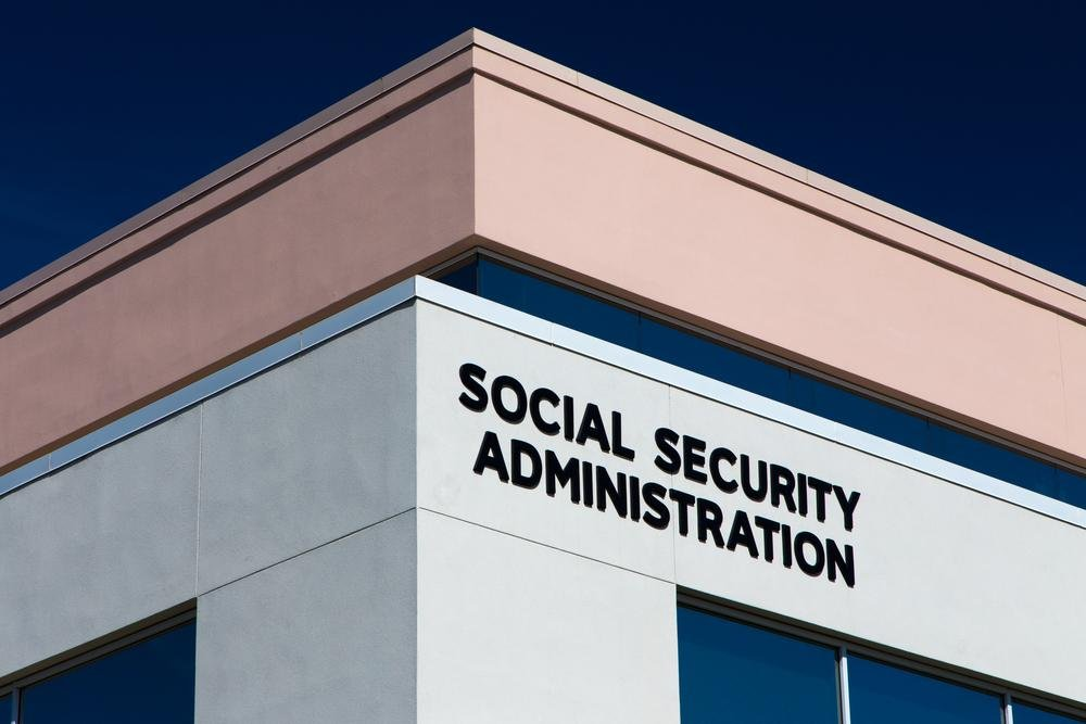 Find out Where the Social Security and Medicare Taxes Go !