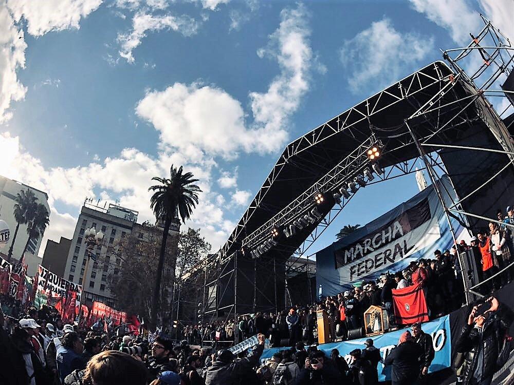 Noticias de Argentina - Página 2 DeoWfWAX4AA2kcj