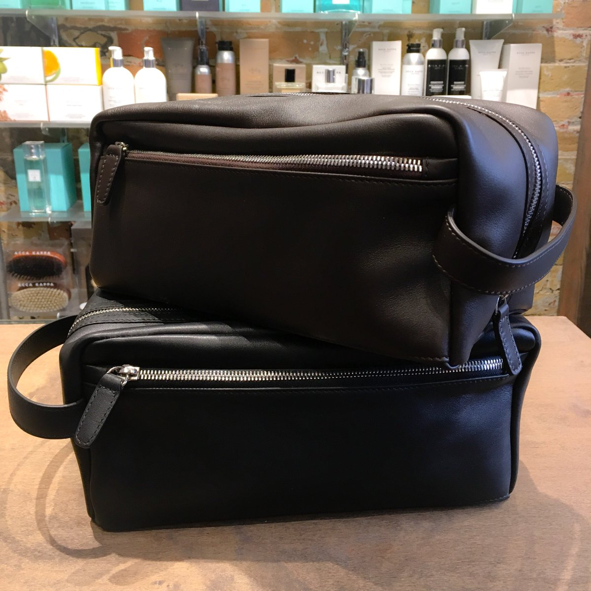 ... uk availability b25a3 e4608 These leather toiletry bags are made in  Italy and available in brown ... 2e1efacfc1