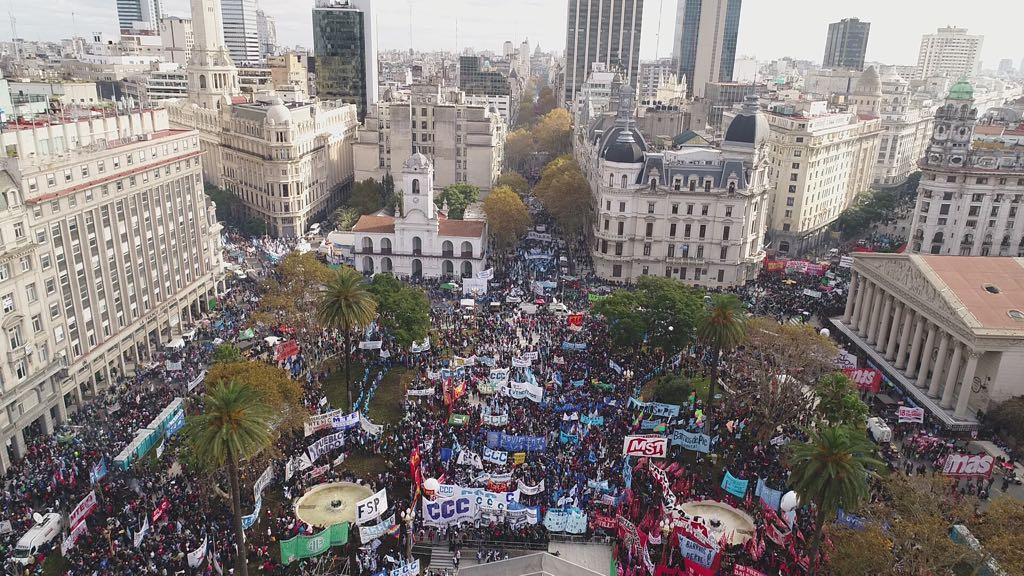 Noticias de Argentina - Página 2 DeogOKeW4AAJPyb