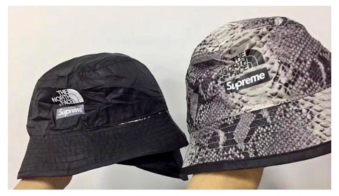 Supreme The North Face Snakeskin Reversible Crusher The Green   Grey  Colorway Pictured Will Also Be Dropping The Same Colors On The Jackets c42ea4b20e1
