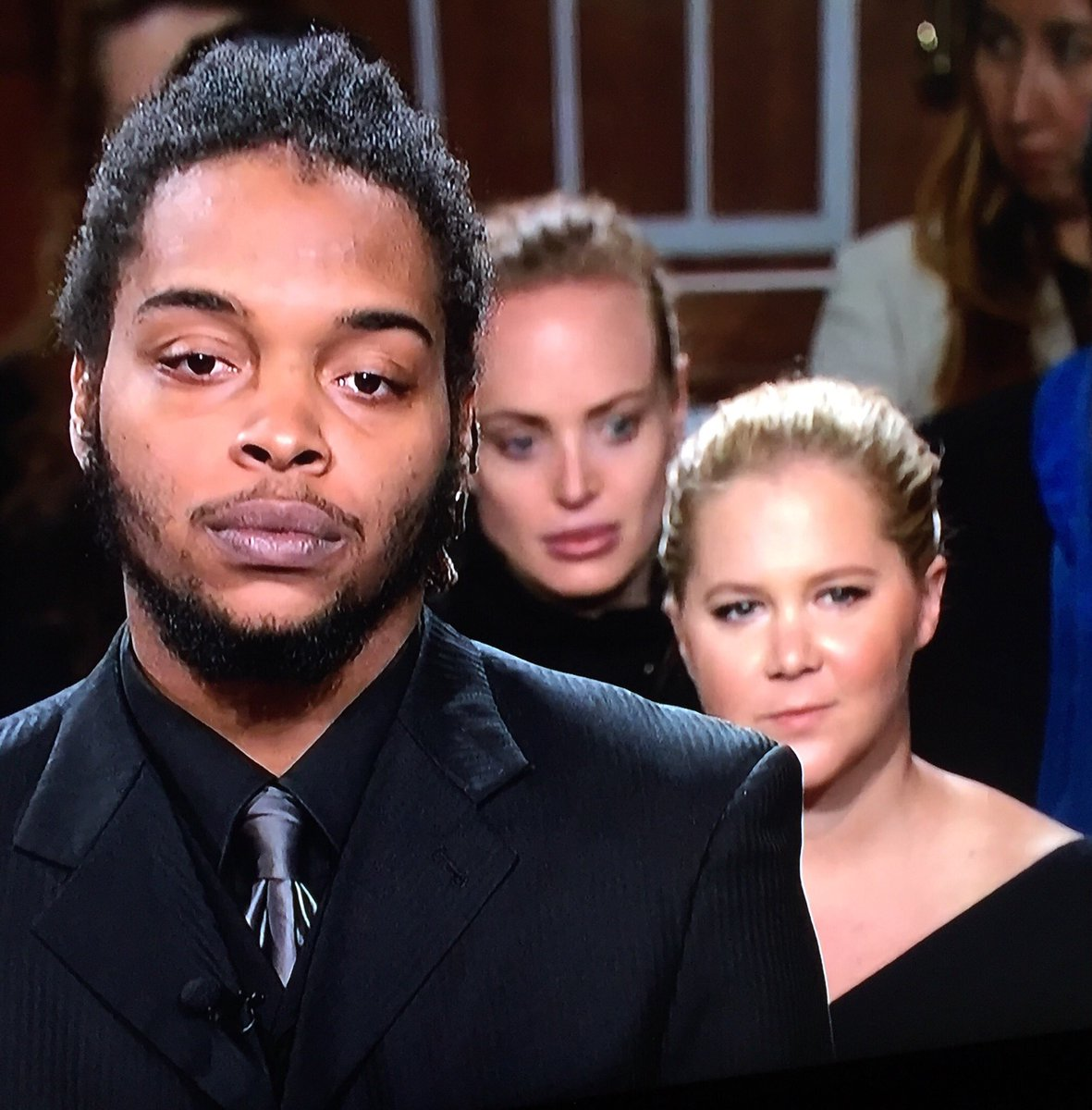 It appears I'm not the only Judge Judy freak out there - isn't that Amy Schumer in the gallery?