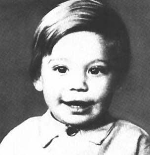 Happy 77th birthday Charlie Watts! (25 pictures) More info: