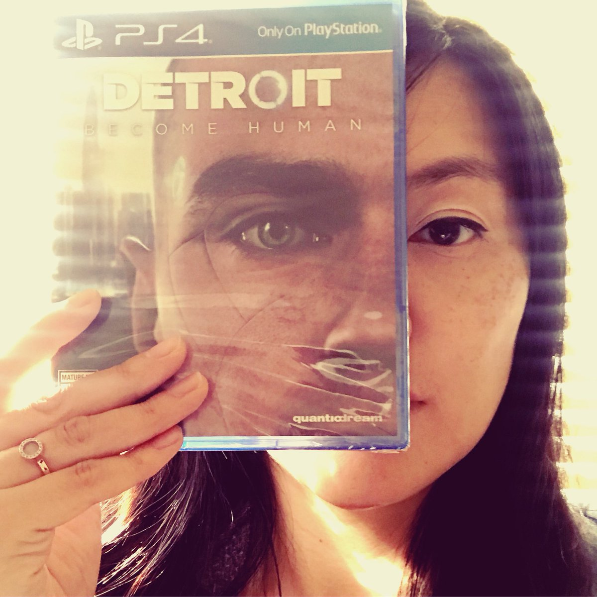 Congrats to David, @GdeFondaumiere @m00tm00t @BryanDechart and the amazing team @Quantic_Dream @PlayStation who continue to evolve what's possible in video games! Can't wait to dive in finally! #detroit #playstationfamily #thegamemakers #storyingames #gamedev