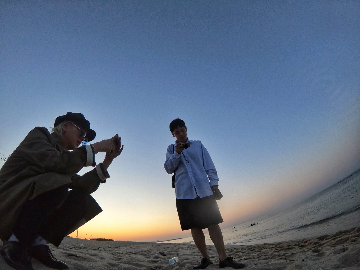 Brother and sea 🐋 @Kjjzz