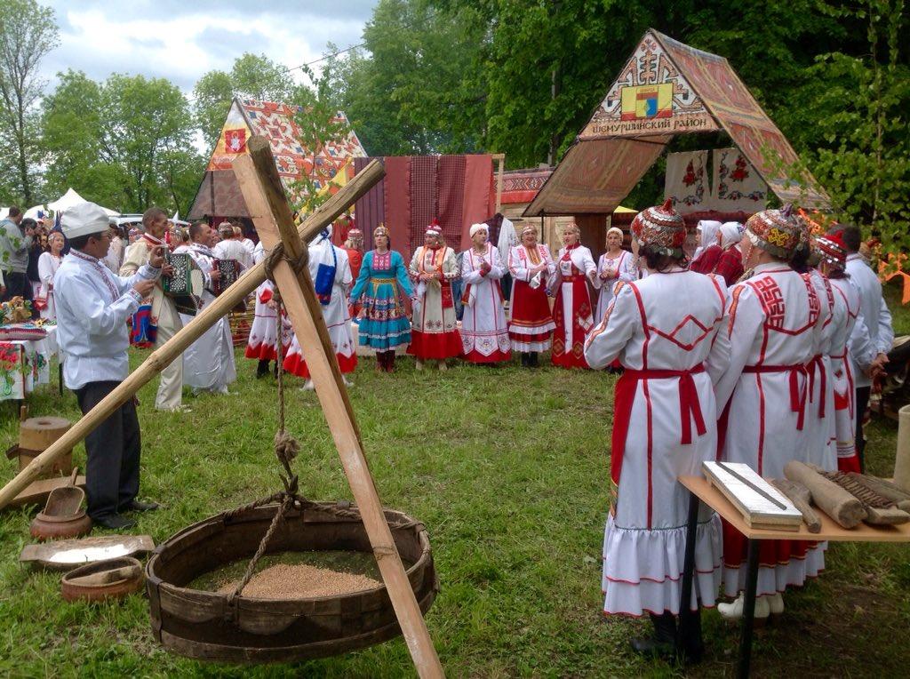 картинки чувашский праздник налево только
