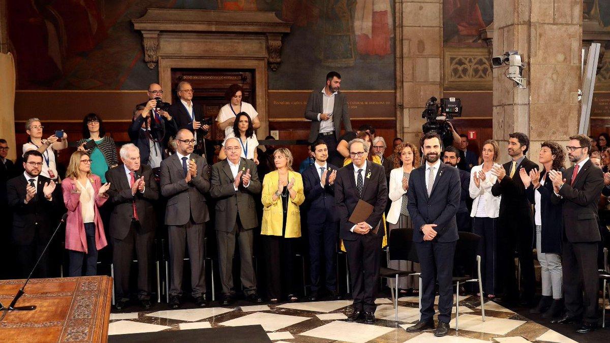 Catalogna, giura il nuovo governo: avanti con l'indipendenza  #Catalogna https://t.co/97M6w9BRaC